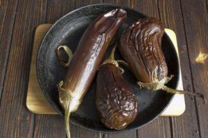 Баклажаны печеные в духовке польза и вред