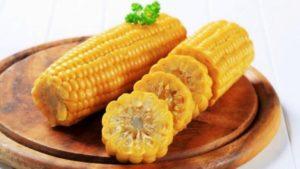 Можно ли есть сырую кукурузу и ее польза и вред?