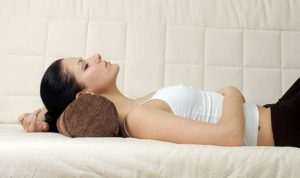 Спать на валике под головой польза и вред