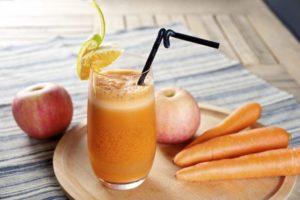 Свежевыжатый сок из моркови и яблок польза и вред