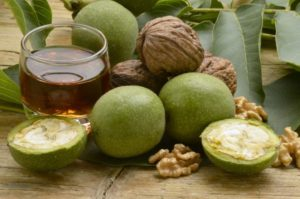 Зеленый грецкий орех вред и польза и вред