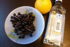 Спиртовая настойка черноплодной рябины польза и вред