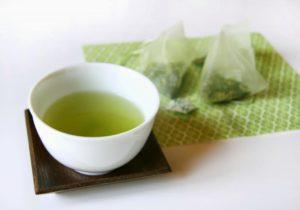 Вред и польза зеленого чая в пакетиках