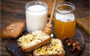 Молоко с медом от кашля польза и вред