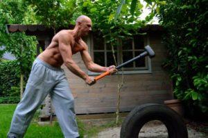 Упражнения с кувалдой и покрышкой польза и вред