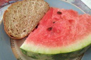 Арбуз и черный хлеб польза и вред