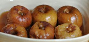 Печеное яблоко польза и вред для здоровья