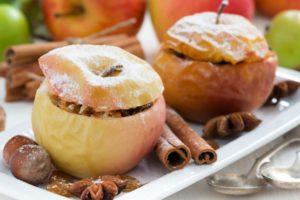 Печеные яблоки в духовке польза или вред