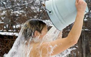 Обливание холодной водой по утрам польза или вред