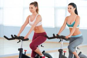 Польза и вред велотренажера для женщин