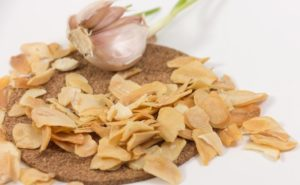 Сушеный чеснок в домашних условиях польза и вред