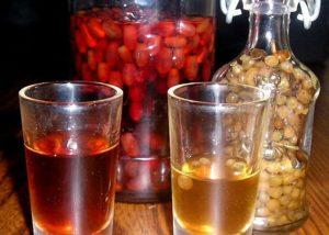 Настойка на кедровых орешках на водке рецепт польза или вред