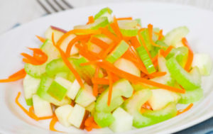 Морковь и яблоко салат польза и вред