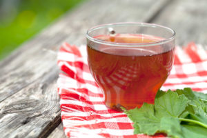 Чай из веток смородины польза и вред