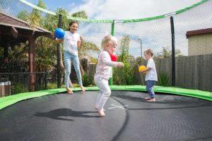 Прыжки на батуте для детей польза и вред
