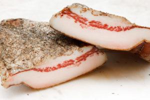 Свиное соленое сало вред и польза и вред