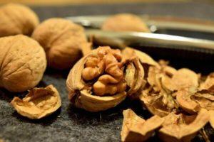 Грецкий орех польза и вред для женщин беременных