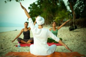 Польза и вред йоги для женщин