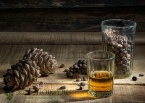 Водка на кедровых орехах польза и вред